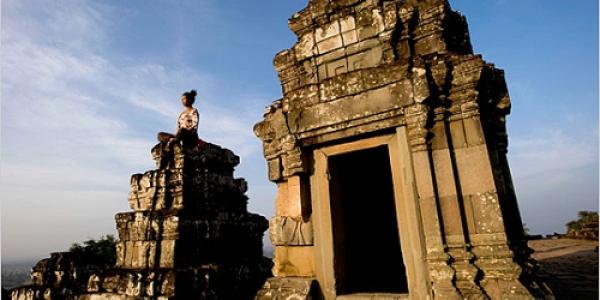 Tour du lịch Campuchia dành cho đối tác phân phối sản phẩm Alkaza năm 2016