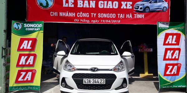 Lễ bàn giao xe cho Nhà phân phối ALKAZA tại Hà Tĩnh